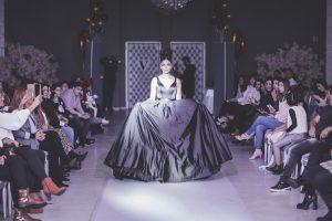 fashion show abendkleider 3-min